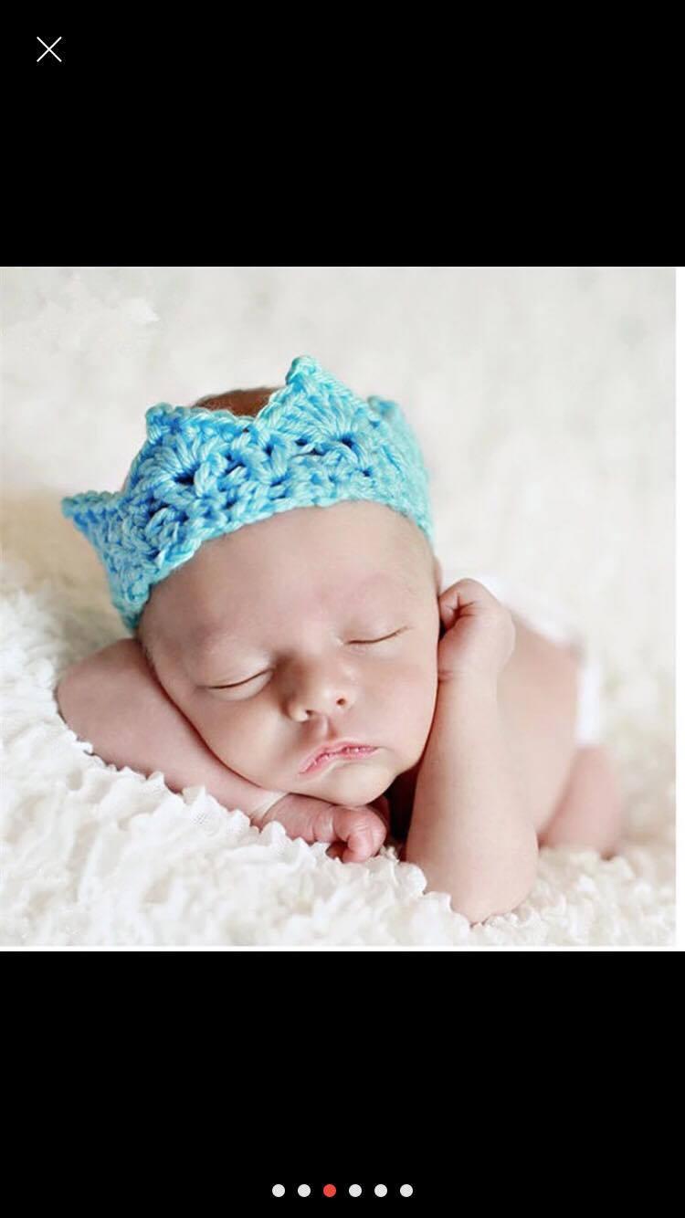 Newborn Photography Prop - Baby blue hat