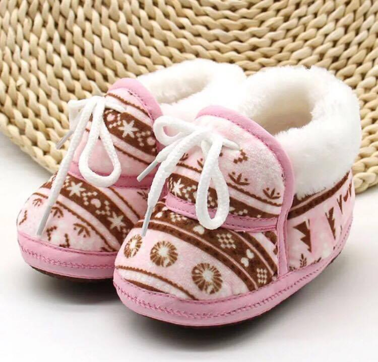 Newborn Photography Prop - Baby shoes for girl